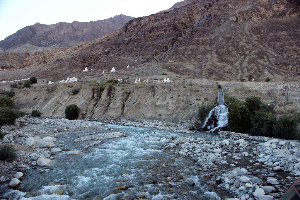 Leh Ladakh road trip: Shyok Canal, Hunder, Nubra Valley