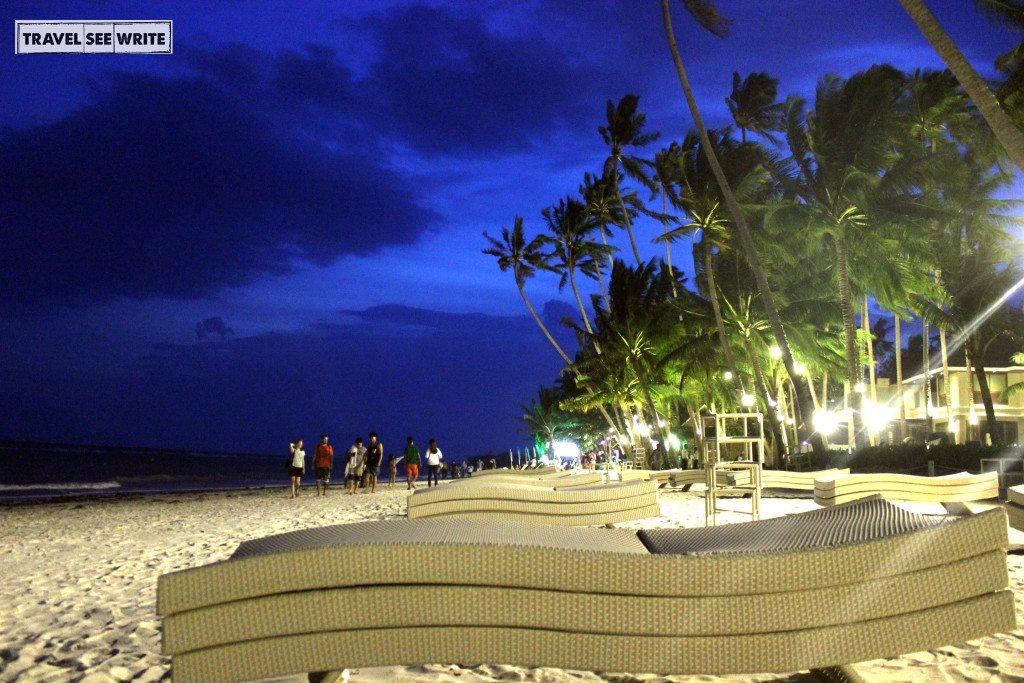 Night life at Alona Beach