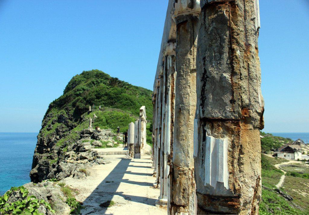 damaging acropolis