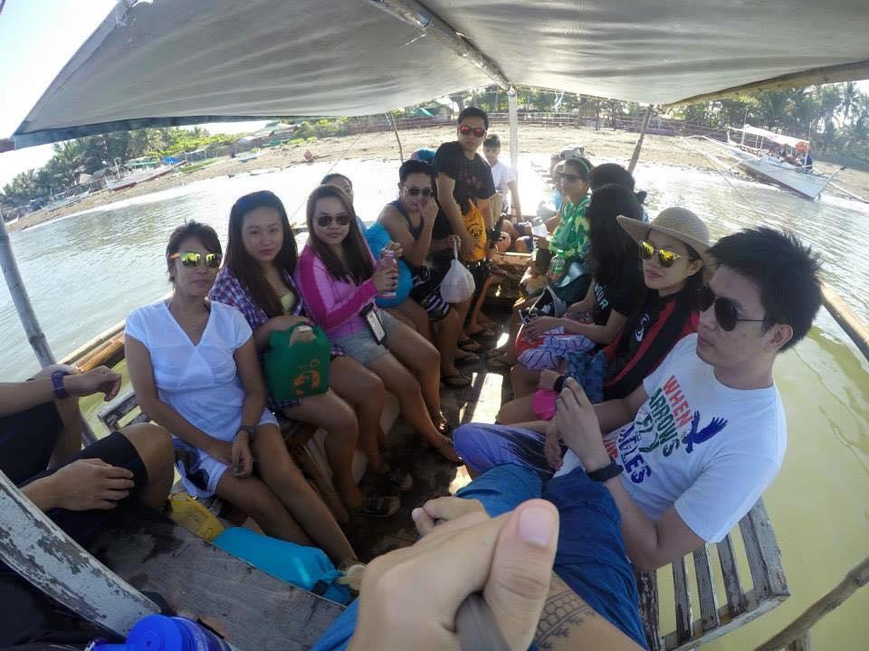 Boatride from Barangay Bucana, Nasugbu to the Fortune Island