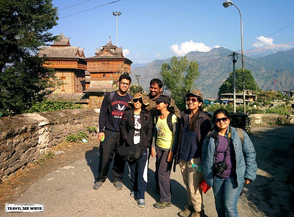 Start of the Bashal Peak trek from Sarahan