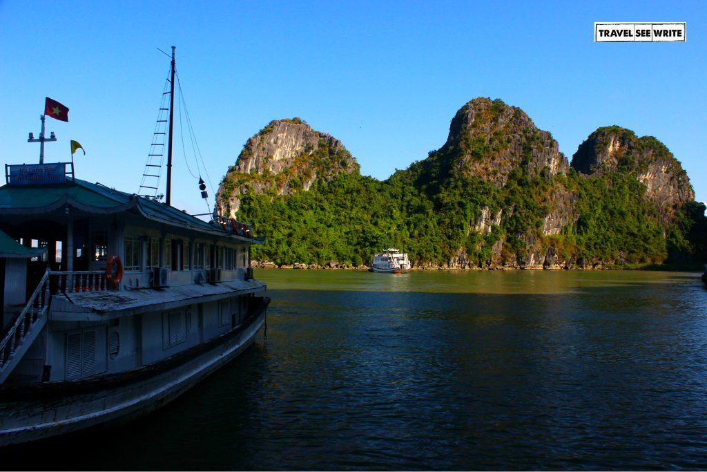 Halong Bay Tour, Vietnam