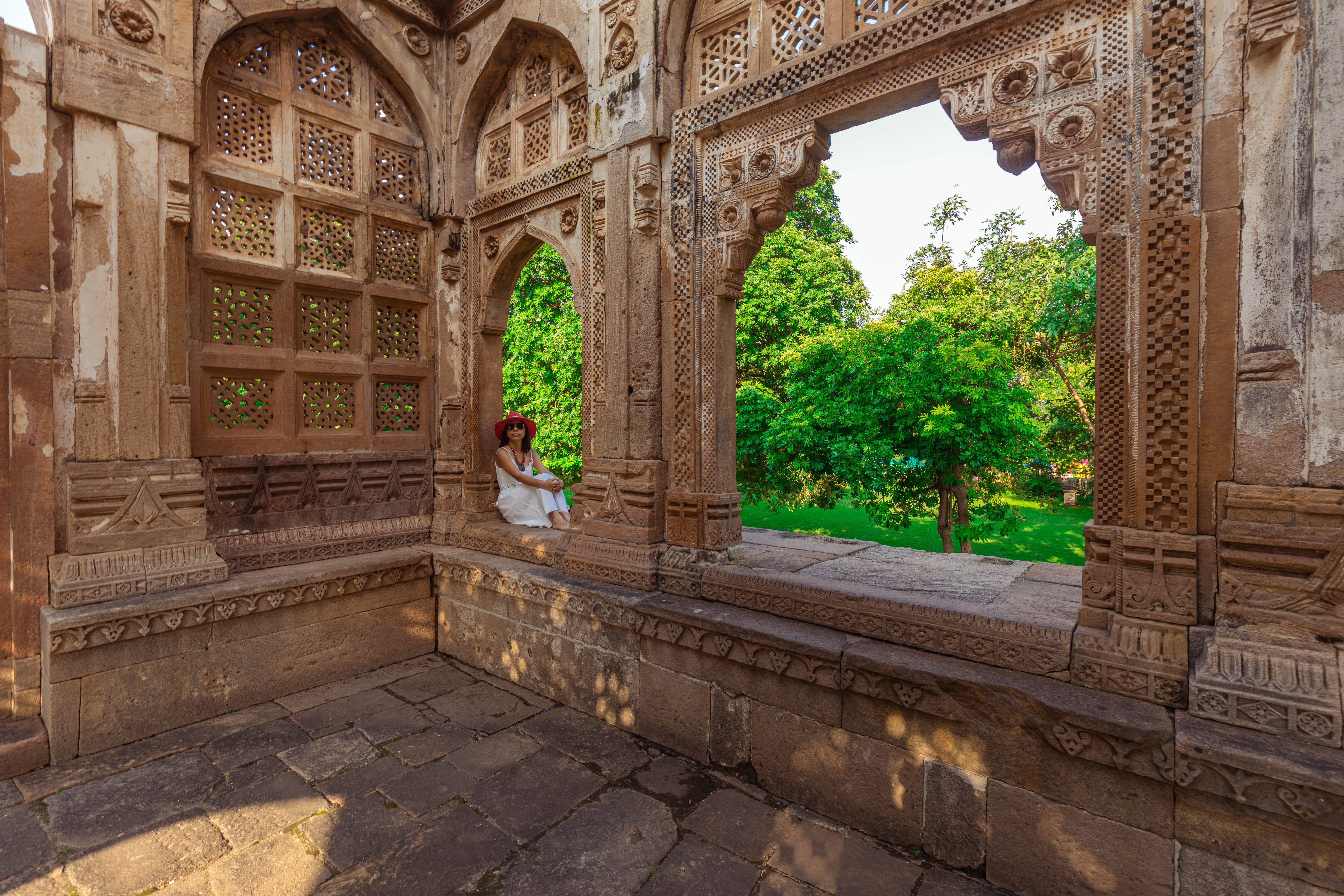 Jami Masjid of Champaner, Gujarat reflects the Islamic-Mughal architecture of Gujarat