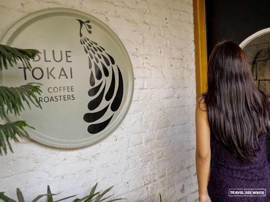 Best hangout places in Delhi - Blue Tokai, Champa Gali, Saket
