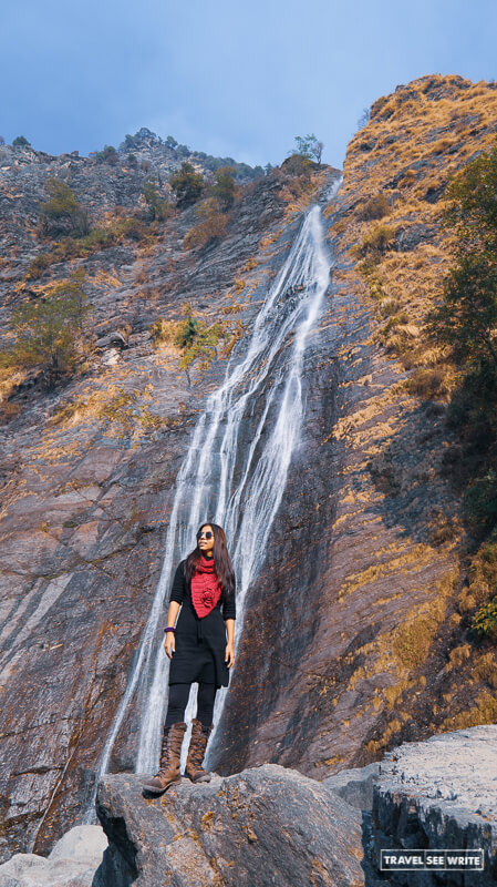 Offbeat places in Uttarakhand - Don't miss out Birthi Falls on the way to Munsiyari