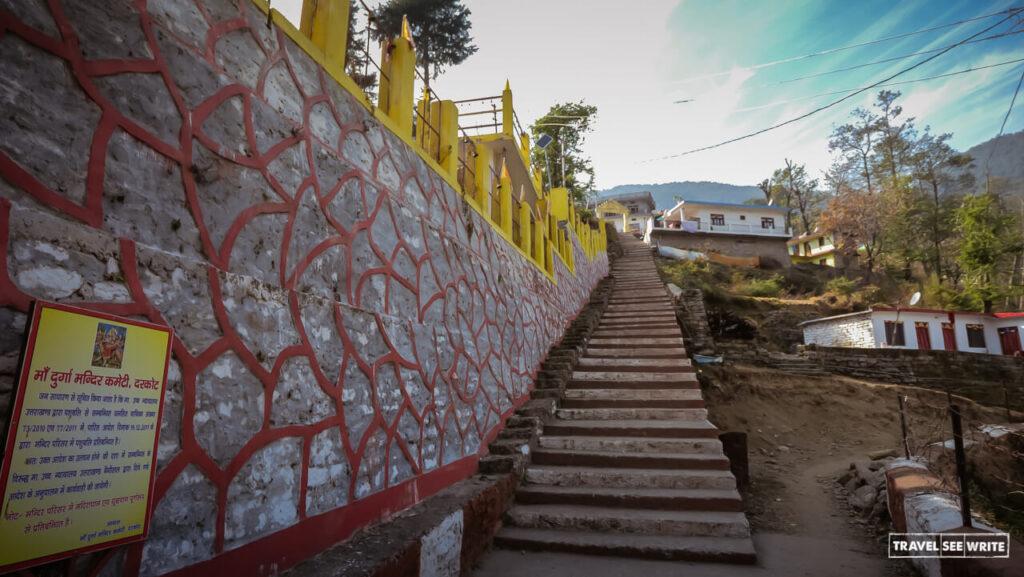 Must-visit places in Munsiyari - Drakot village to purchase Angora wool products
