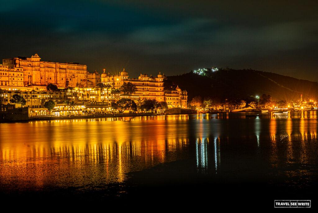 Lake Pichola and City Palace at night